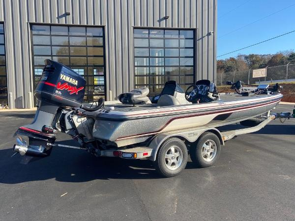 2006 Skeeter boat for sale, model of the boat is ZX225 & Image # 3 of 7