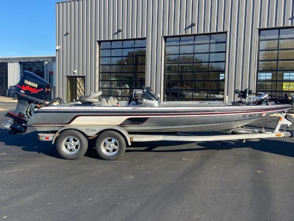 2006 Skeeter boat for sale, model of the boat is ZX225 & Image # 5 of 7
