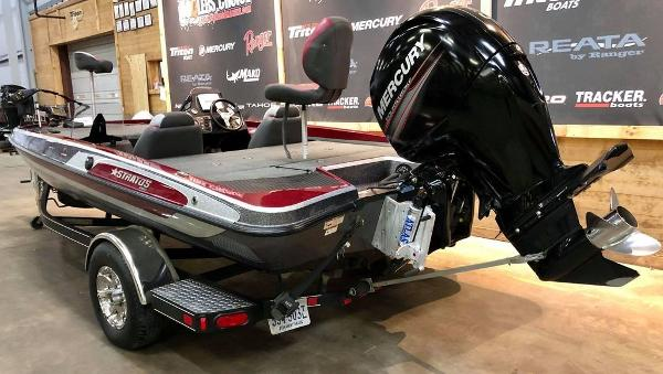 2014 Stratos boat for sale, model of the boat is 189 VLO & Image # 4 of 9