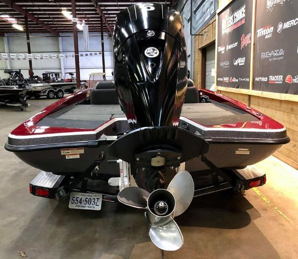 2014 Stratos boat for sale, model of the boat is 189 VLO & Image # 6 of 9