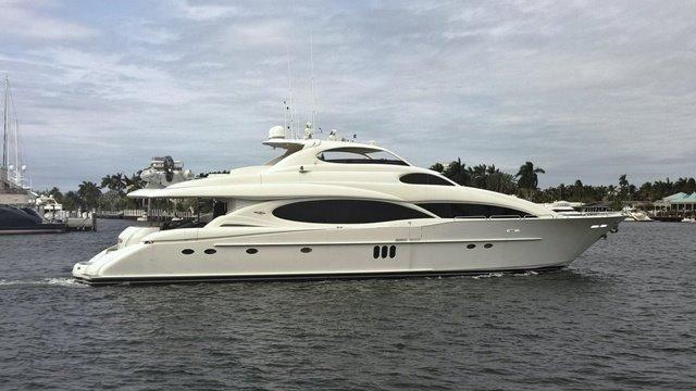 106' Lazzara Yachts 2003