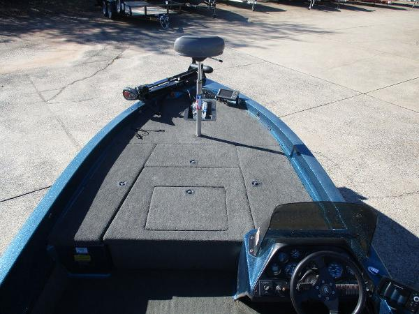1996 Ranger Boats boat for sale, model of the boat is 391 XT & Image # 7 of 7