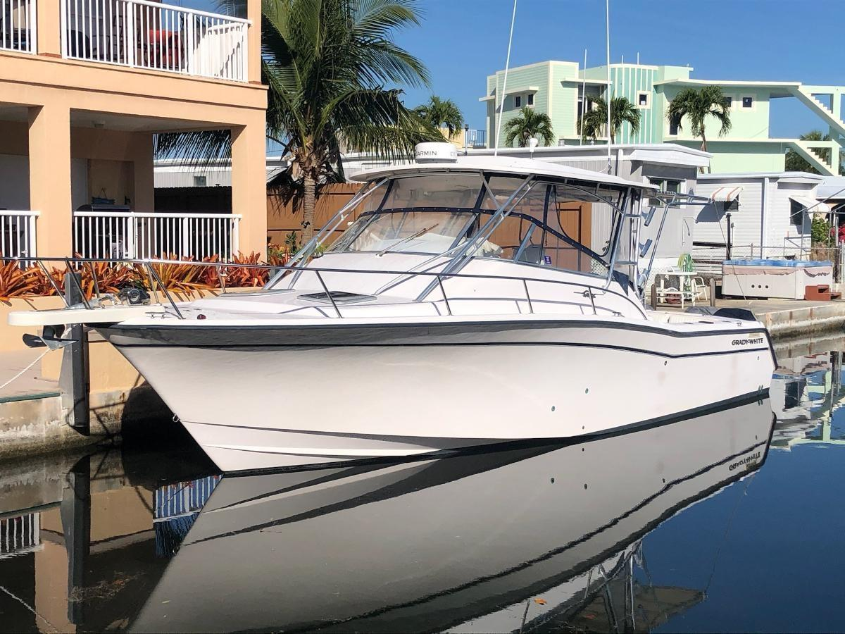 F 6078 DS Knot 10 Yacht Sales
