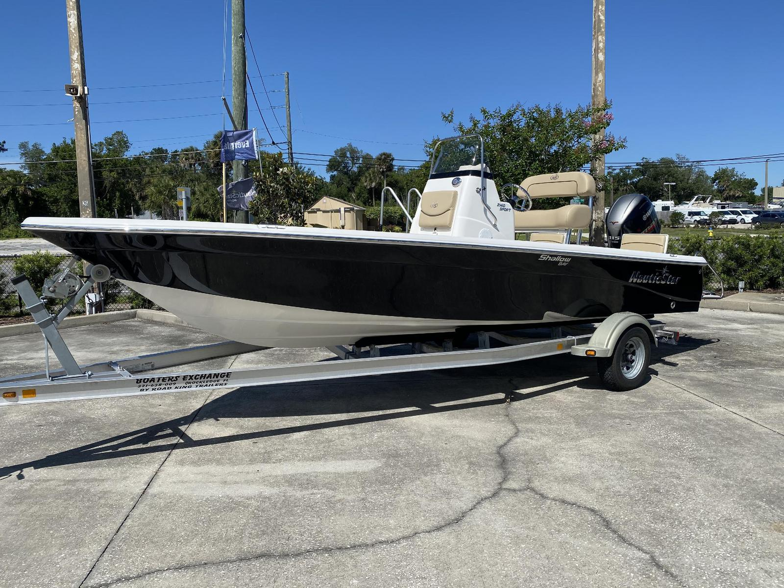 2020 NAUTIC STAR 2140 Sport SB (Located in NEW SMYRNA BEACH)