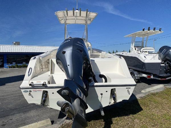 2020 Cobia boat for sale, model of the boat is 237CC & Image # 5 of 10