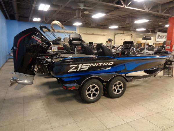 2021 Nitro boat for sale, model of the boat is Z19 Pro & Image # 3 of 34