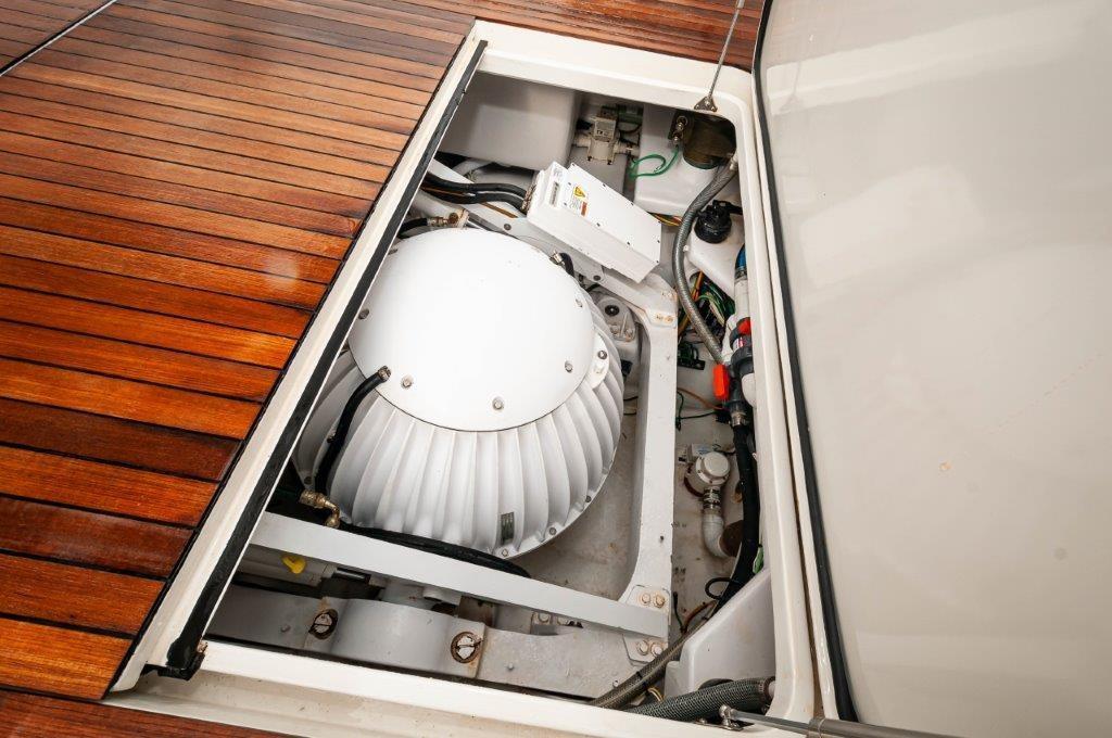 2012 Viking 76 Convertible Seakeeper