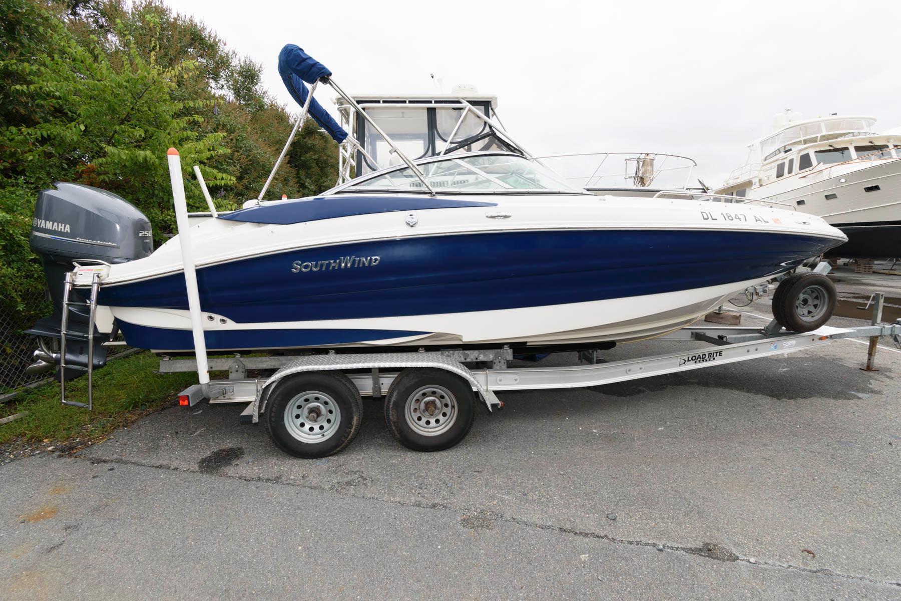 M 6507 WT Knot 10 Yacht Sales