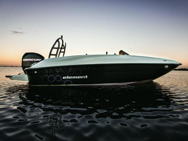 2021 Bayliner boat for sale, model of the boat is Element E16 & Image # 10 of 39