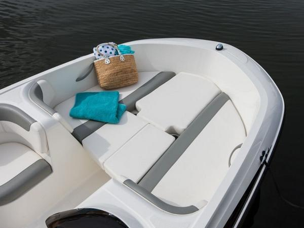 2021 Bayliner boat for sale, model of the boat is Element E16 & Image # 28 of 39