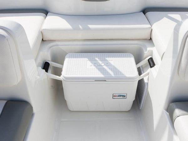 2021 Bayliner boat for sale, model of the boat is Element E16 & Image # 30 of 39