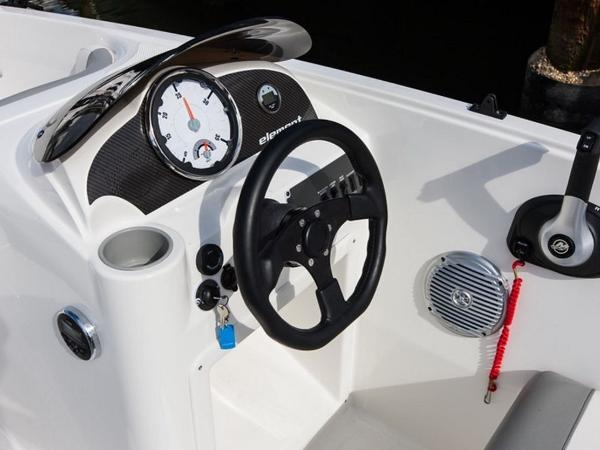 2021 Bayliner boat for sale, model of the boat is Element E16 & Image # 34 of 39
