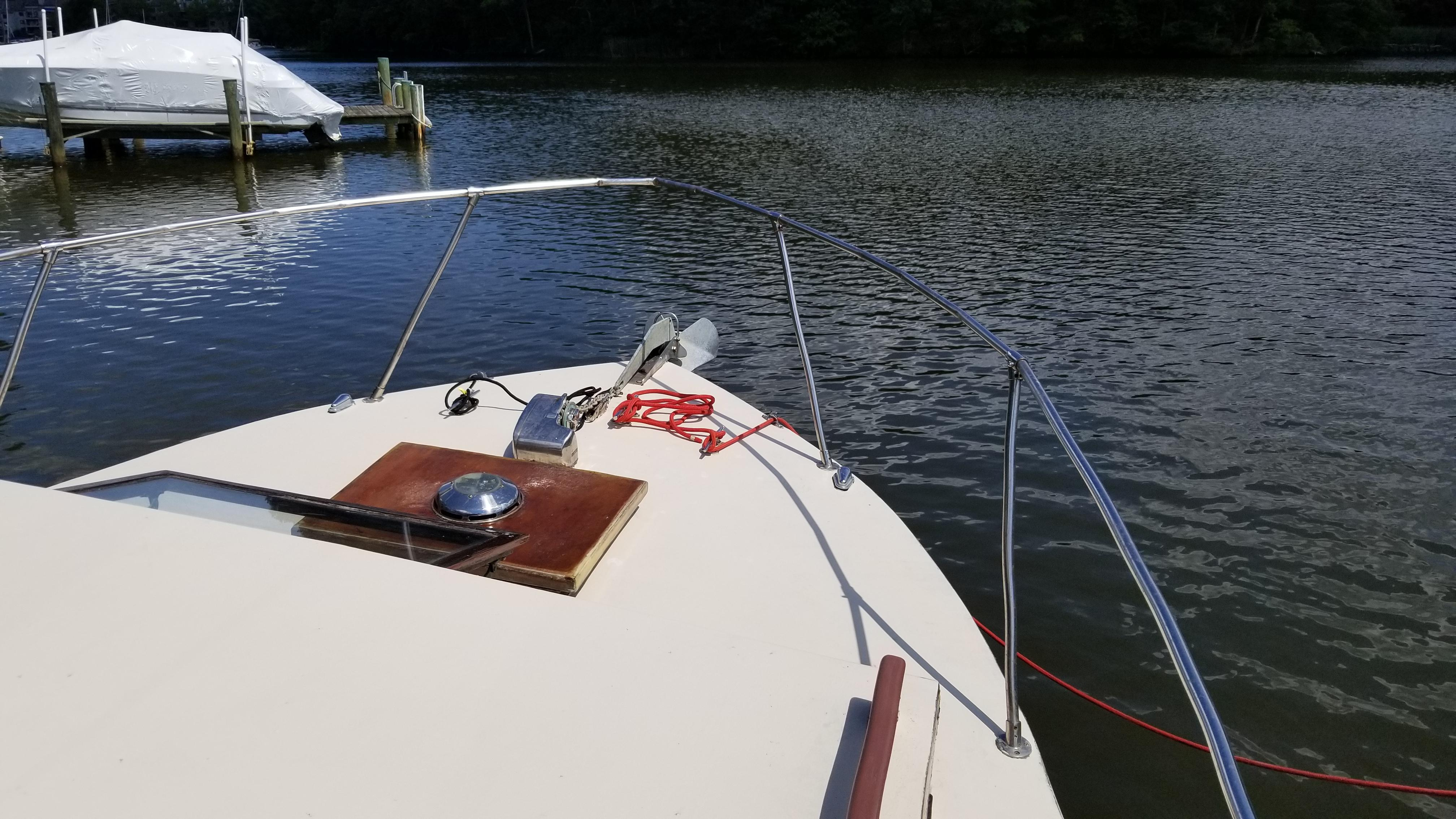 M 5586 RD Knot 10 Yacht Sales