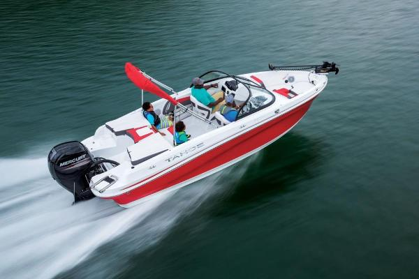 2020 Tahoe boat for sale, model of the boat is 550 TF & Image # 2 of 5