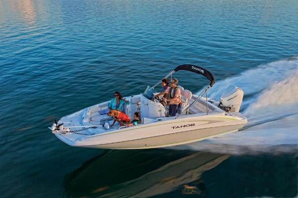 2020 Tahoe boat for sale, model of the boat is 2150 CC & Image # 3 of 91