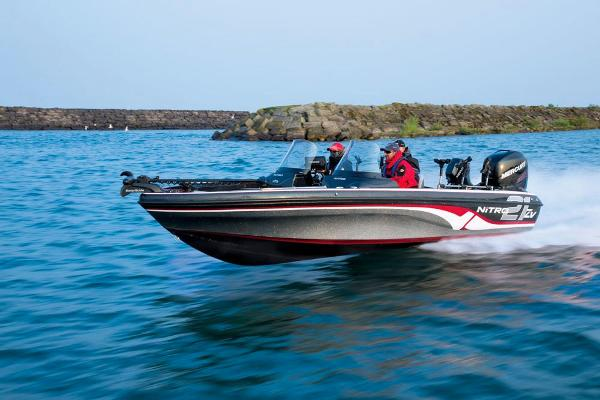2016 Nitro boat for sale, model of the boat is ZV21 & Image # 16 of 165