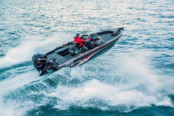 2016 Nitro boat for sale, model of the boat is ZV21 & Image # 21 of 165
