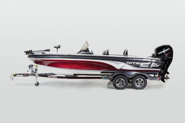 2016 Nitro boat for sale, model of the boat is ZV21 & Image # 64 of 165