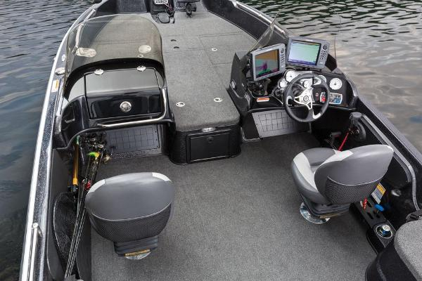 2016 Nitro boat for sale, model of the boat is ZV21 & Image # 105 of 165