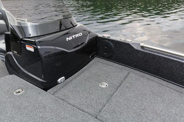 2016 Nitro boat for sale, model of the boat is ZV21 & Image # 107 of 165