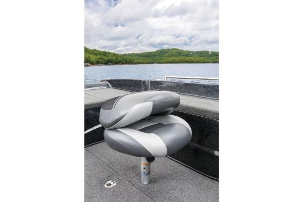 2016 Nitro boat for sale, model of the boat is ZV21 & Image # 108 of 165