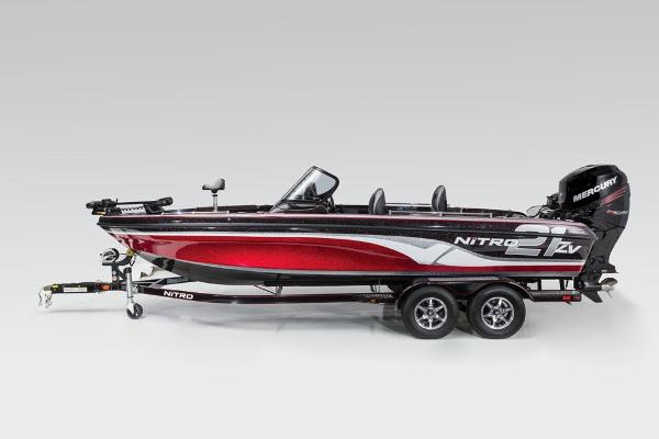 2016 Nitro boat for sale, model of the boat is ZV21 & Image # 111 of 165