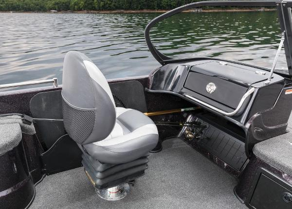 2016 Nitro boat for sale, model of the boat is ZV21 & Image # 133 of 165