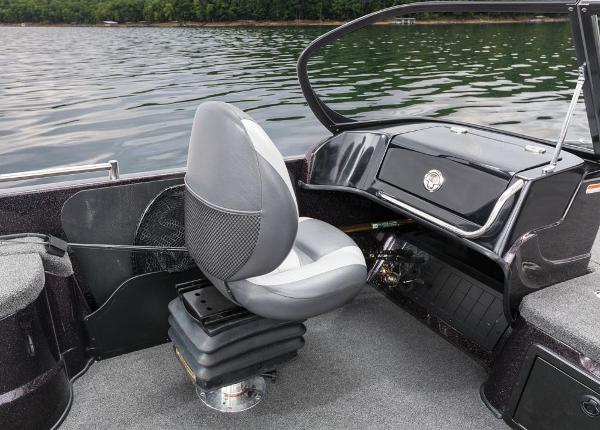 2016 Nitro boat for sale, model of the boat is ZV21 & Image # 138 of 165