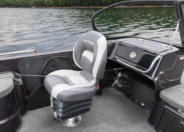 2016 Nitro boat for sale, model of the boat is ZV21 & Image # 140 of 165
