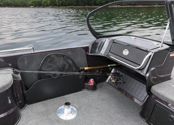 2016 Nitro boat for sale, model of the boat is ZV21 & Image # 142 of 165