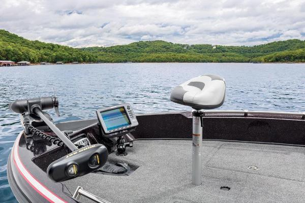 2016 Nitro boat for sale, model of the boat is ZV21 & Image # 150 of 165