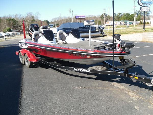 2016 Nitro boat for sale, model of the boat is Z20 & Image # 16 of 36