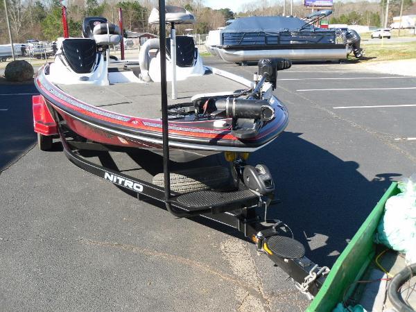 2016 Nitro boat for sale, model of the boat is Z20 & Image # 31 of 36