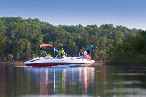 2020 Tahoe boat for sale, model of the boat is 215 Xi & Image # 2 of 14