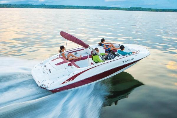 2020 Tahoe boat for sale, model of the boat is 215 Xi & Image # 4 of 14