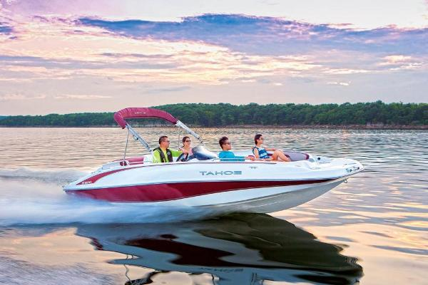 2020 Tahoe boat for sale, model of the boat is 215 Xi & Image # 8 of 14