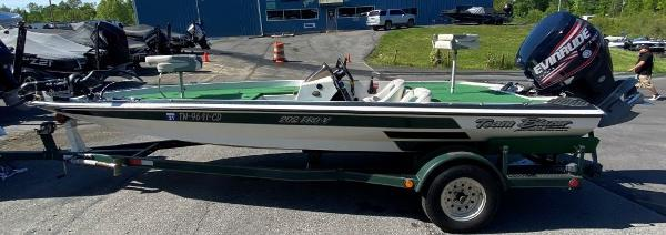 1997 Blazer boat for sale, model of the boat is 202 Pro-V & Image # 1 of 14