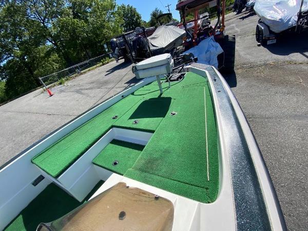 1997 Blazer boat for sale, model of the boat is 202 Pro-V & Image # 8 of 14