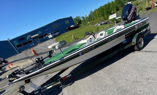 1997 Blazer boat for sale, model of the boat is 202 Pro-V & Image # 13 of 14