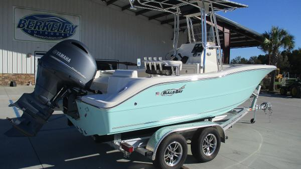 2021 Bulls Bay boat for sale, model of the boat is 200 CC & Image # 5 of 48