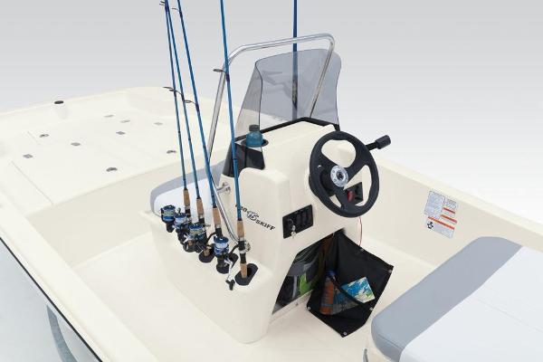 2020 Mako boat for sale, model of the boat is Pro Skiff 15 CC & Image # 18 of 39