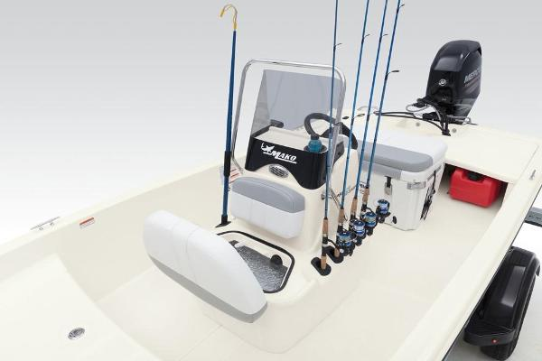 2020 Mako boat for sale, model of the boat is Pro Skiff 15 CC & Image # 16 of 39