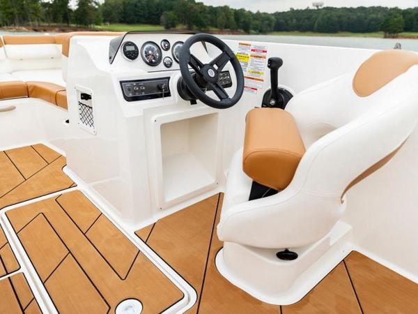 2021 Bayliner boat for sale, model of the boat is DX2000 & Image # 4 of 48