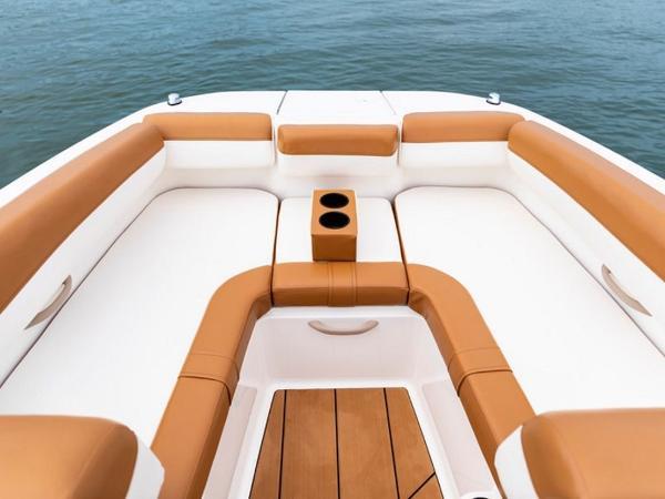 2021 Bayliner boat for sale, model of the boat is DX2000 & Image # 7 of 48