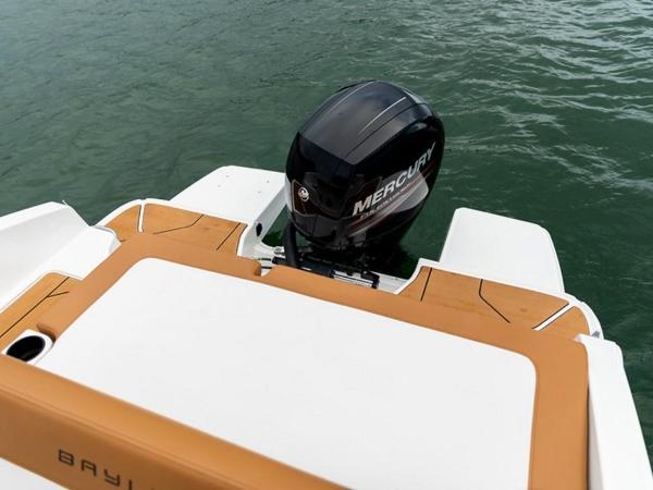 2021 Bayliner boat for sale, model of the boat is DX2000 & Image # 16 of 48