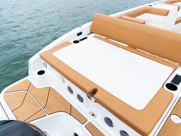 2021 Bayliner boat for sale, model of the boat is DX2000 & Image # 21 of 48