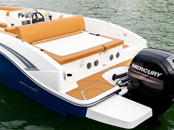 2021 Bayliner boat for sale, model of the boat is DX2000 & Image # 22 of 48