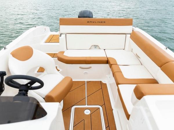 2021 Bayliner boat for sale, model of the boat is DX2000 & Image # 24 of 48