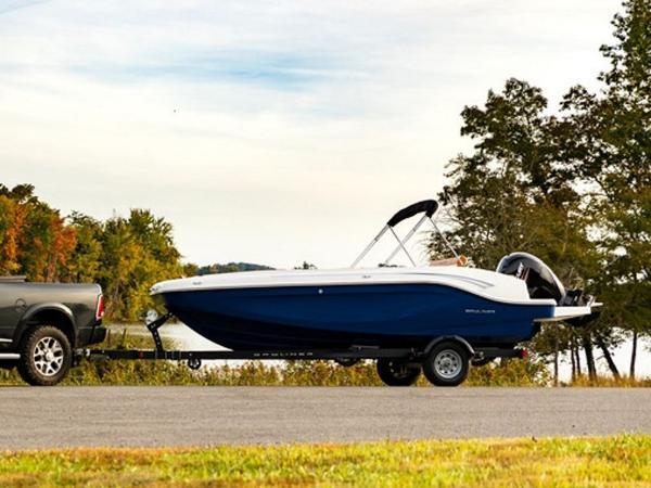 2021 Bayliner boat for sale, model of the boat is DX2000 & Image # 26 of 48