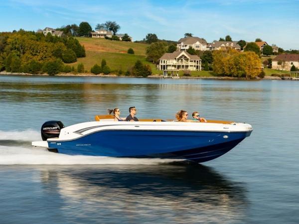 2021 Bayliner boat for sale, model of the boat is DX2000 & Image # 37 of 48